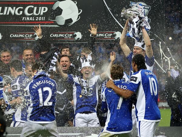 Birmingham City celebrate winning the Carling Cup